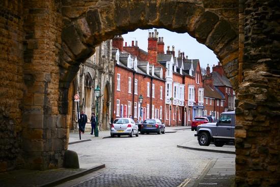 Newport Arch by carole_sandford