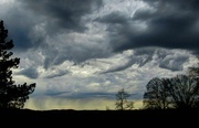 4th Apr 2017 - Rain and clouds moving in