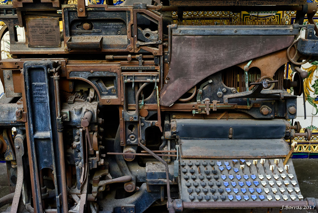 Linotype machine by jborrases