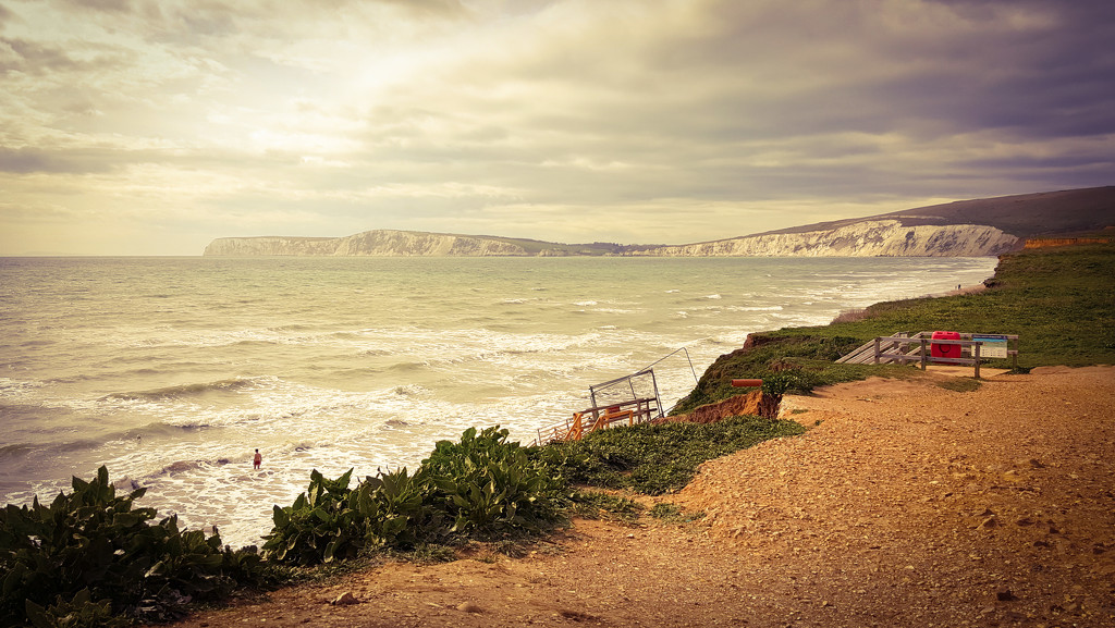 Compton Bay by iowsara