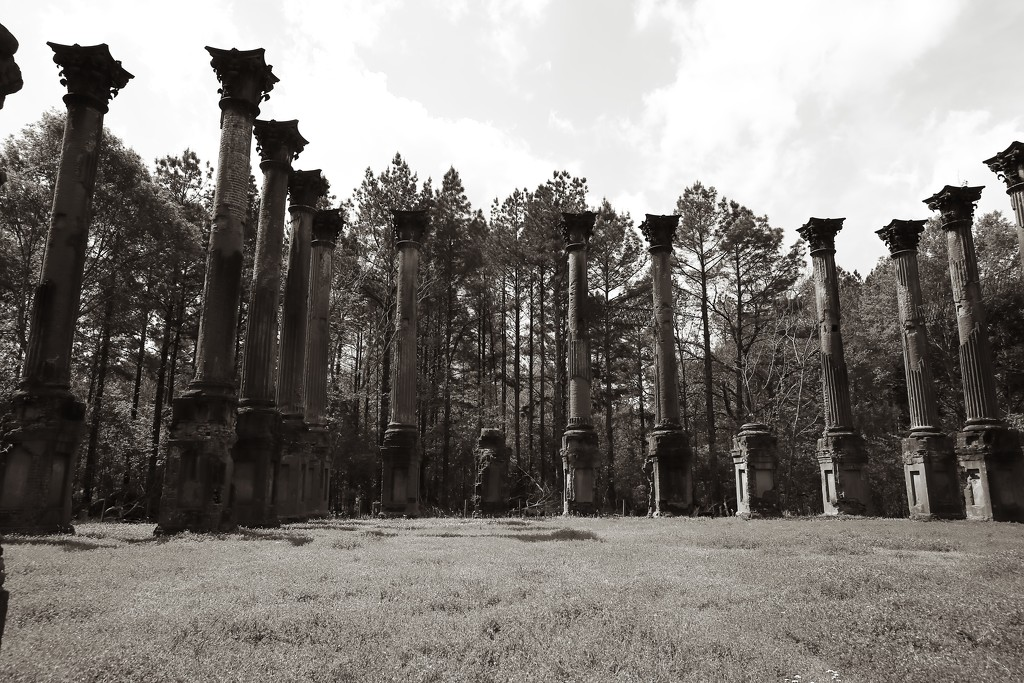 windsor ruins by blueberry1222