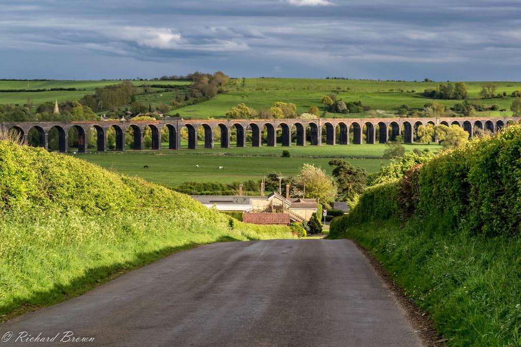 Via the Viaduct  by rjb71