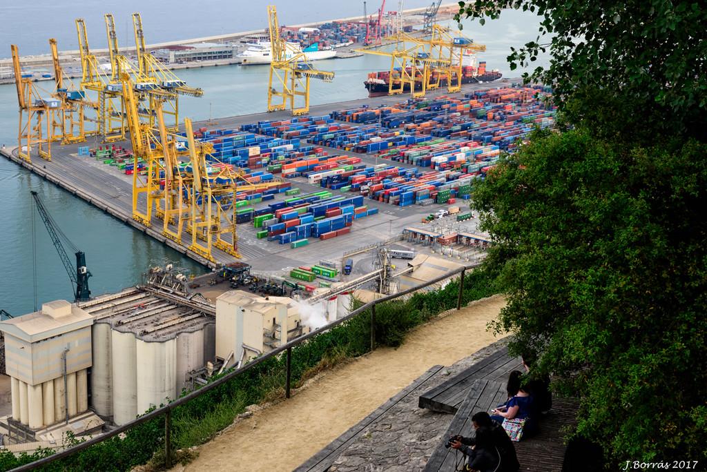 Goods harbor by jborrases