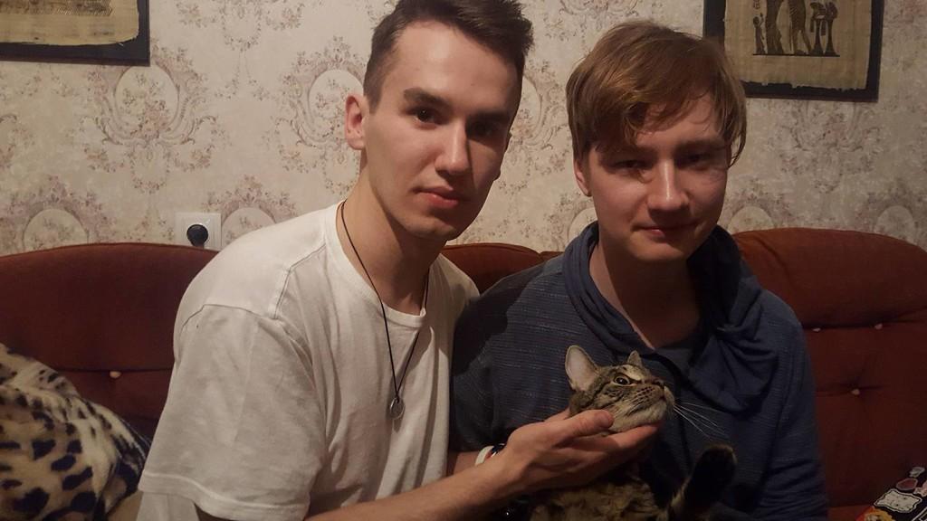 jauna geju porele su augintiniu (NOT) by icetiz