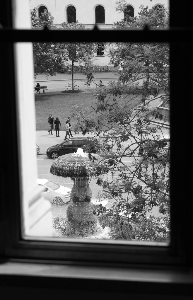 Fountain, seen from inside  by toinette
