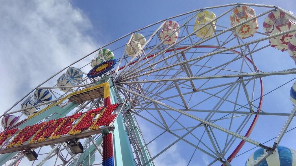 Big wheel by richardcreese