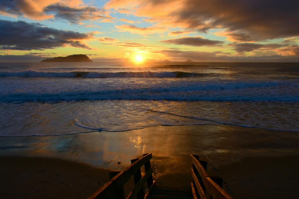 Sunrise at Pauanui by nickspicsnz