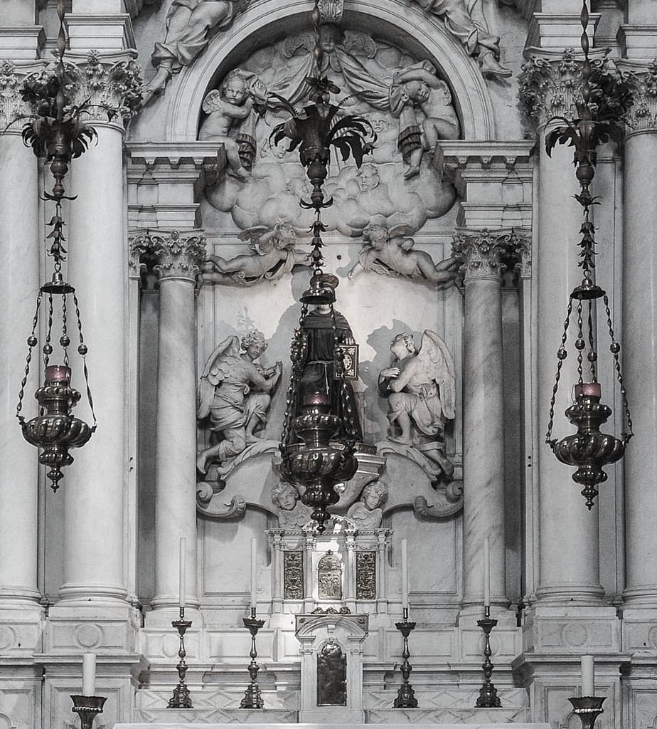 Basilica Santa Maria Gloriosa dei Frari  by brigette