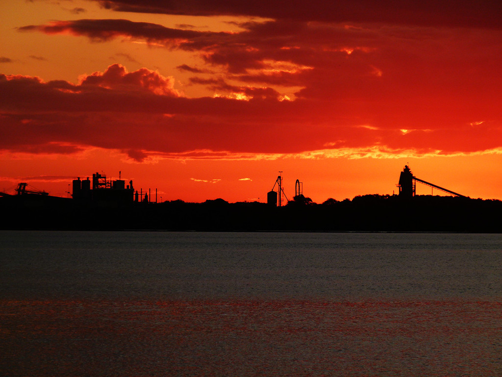 Newcastle Industrial Sunset by onewing