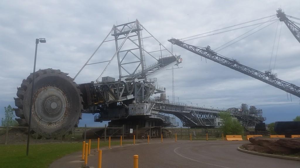 Giants of Mining by schmidt
