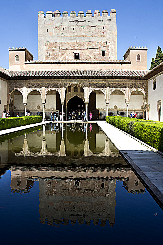 AT THE ALHAMBRA by sangwann