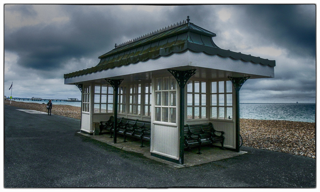 Wind shelter, Worthing Promenade by ivan