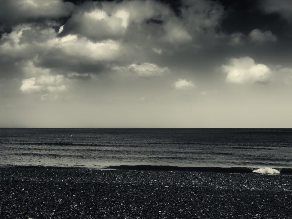 Sea 'n sky by m2016