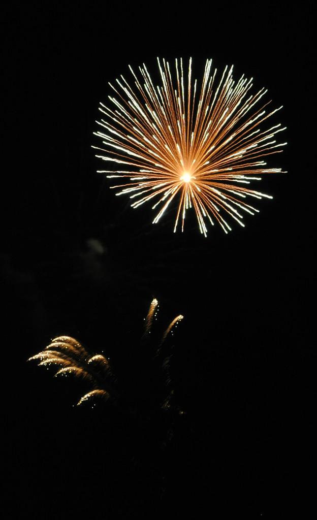 Boom Boom Pow by alophoto