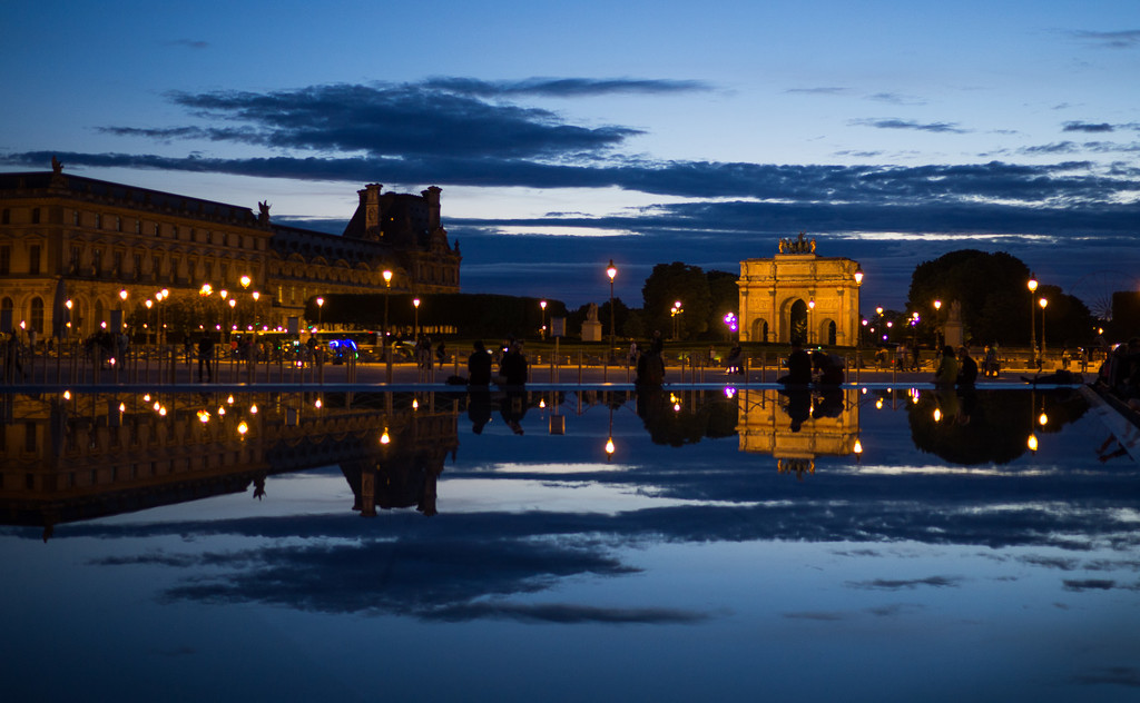 Reflecting Pool at The Louvre by fotoblah