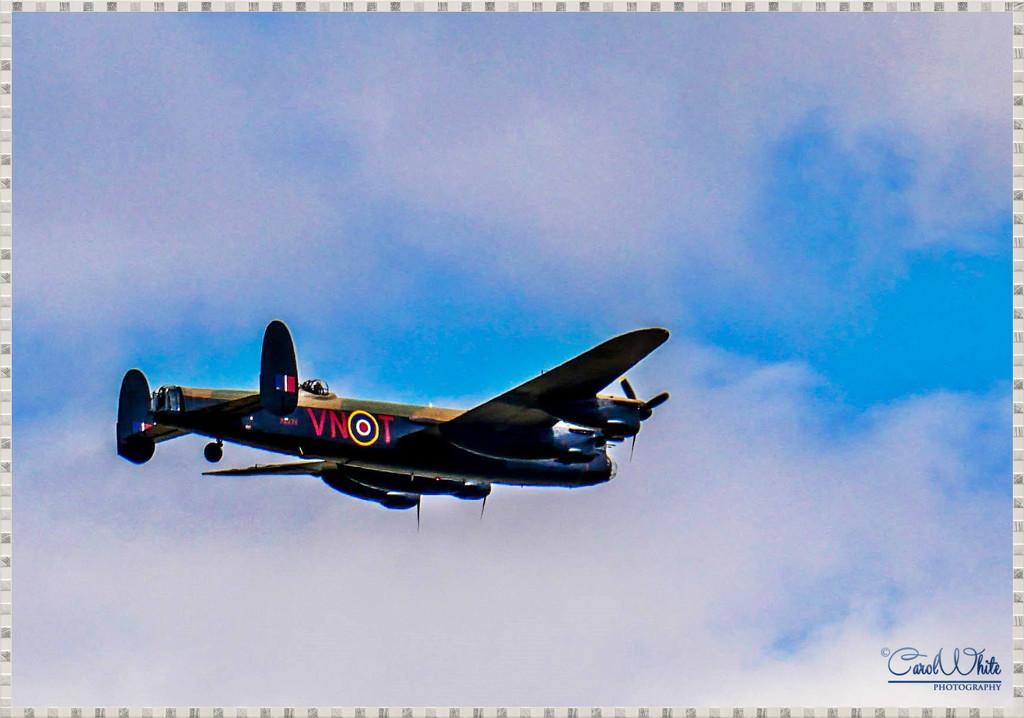WW2 Lancaster Bomber by carolmw