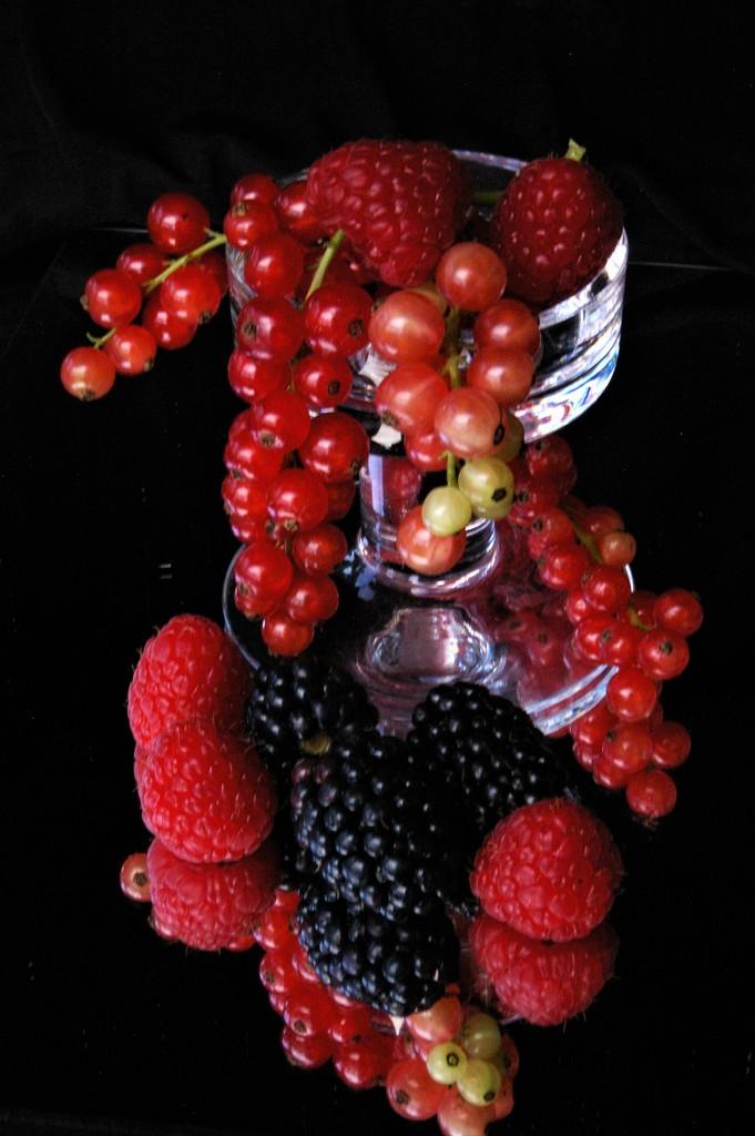 Monaesque fruits by 30pics4jackiesdiamond