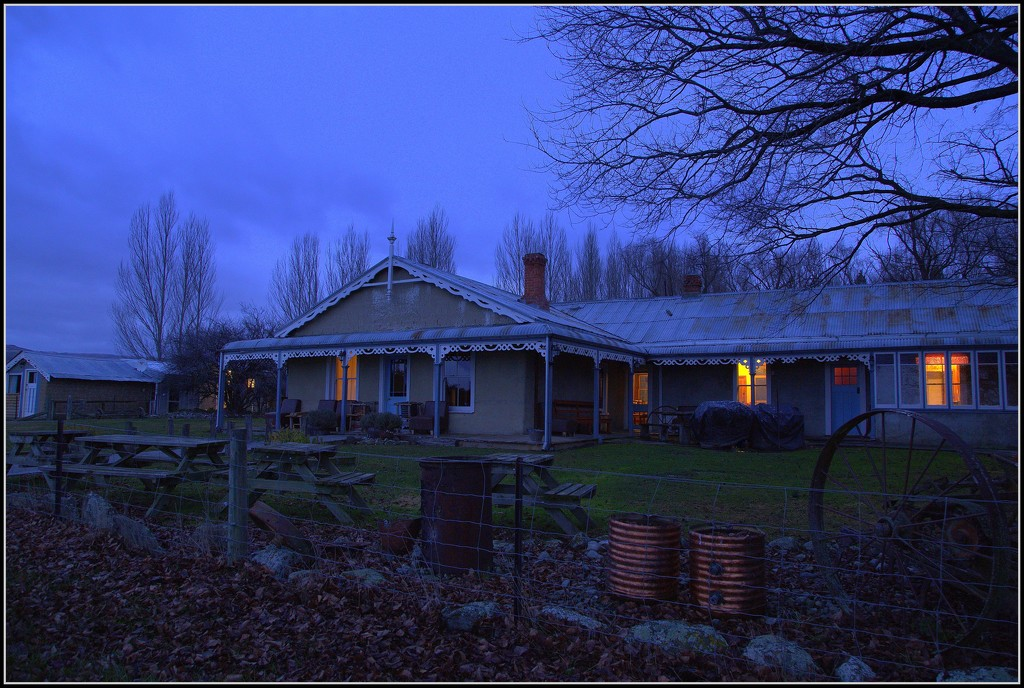 Peter's Farm Lodge by dide