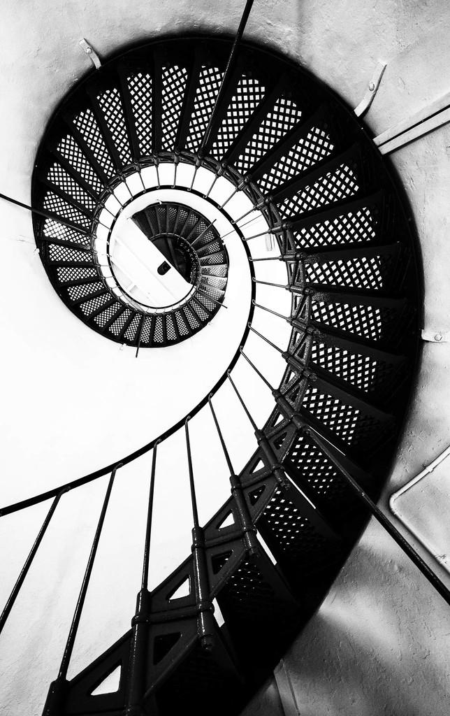 Lighthouse stairwell by jyokota