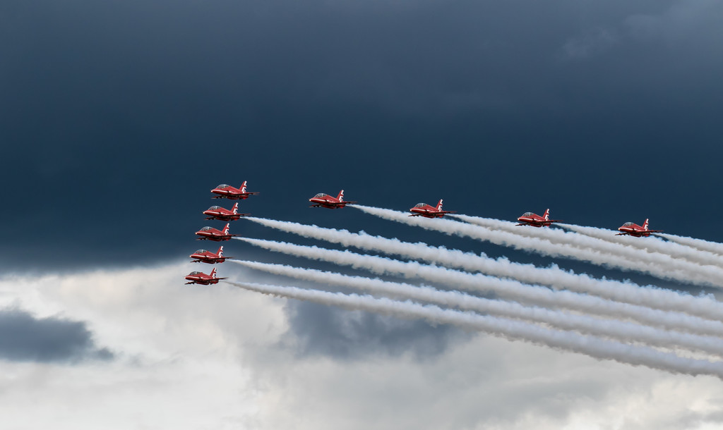 Red Arrows by peadar