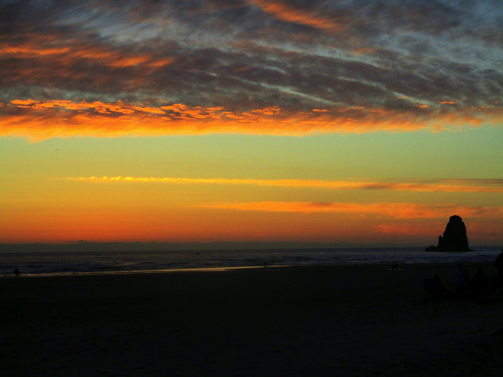 Sunset, Cannon Beach, OR by granagringa