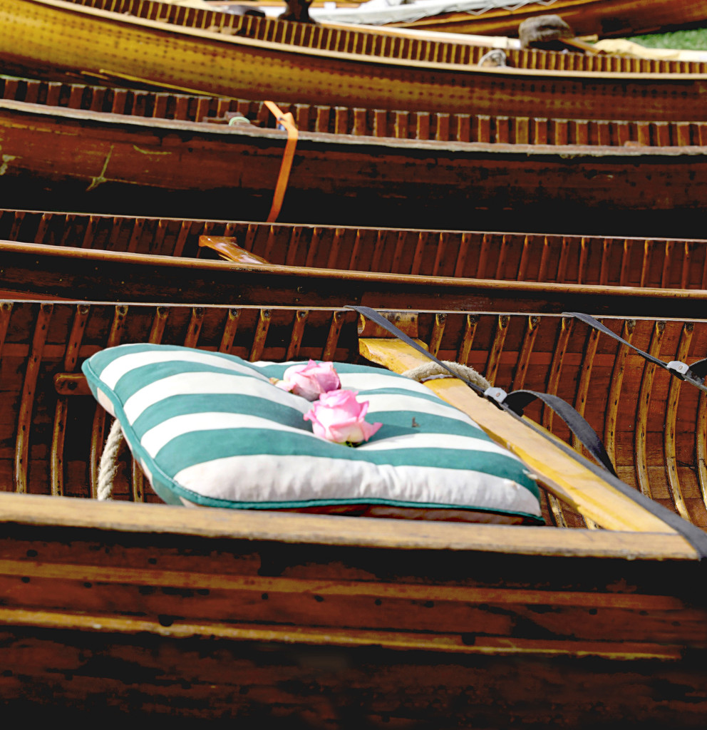 Canoes by netkonnexion
