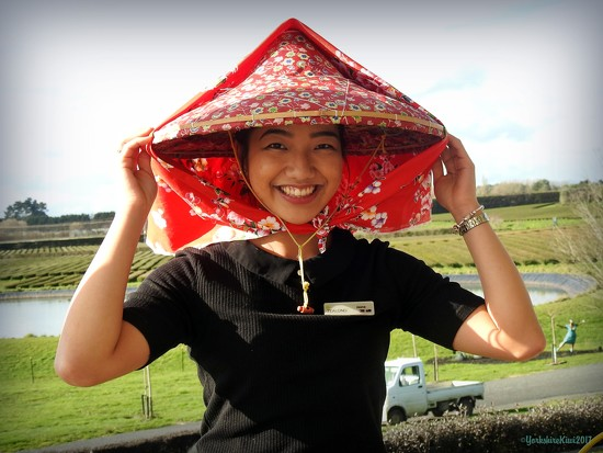 Traditional tea picking headwear by yorkshirekiwi