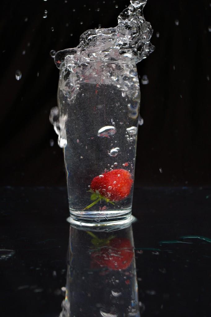 Strawberry Splashdown- Must Try In Pimm's! by 30pics4jackiesdiamond