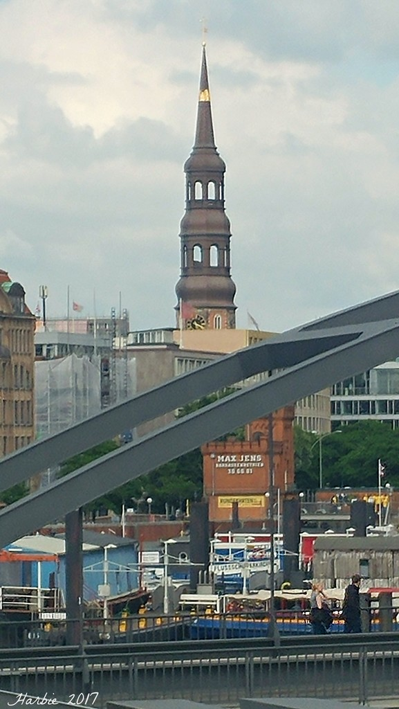Hamburg City View by harbie
