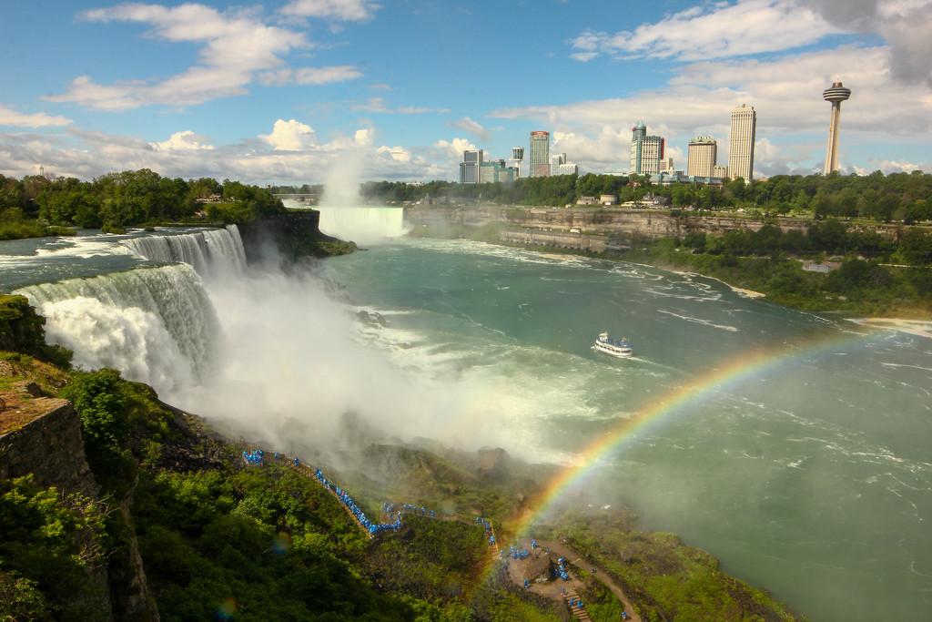 Niagara Falls by fntngrma