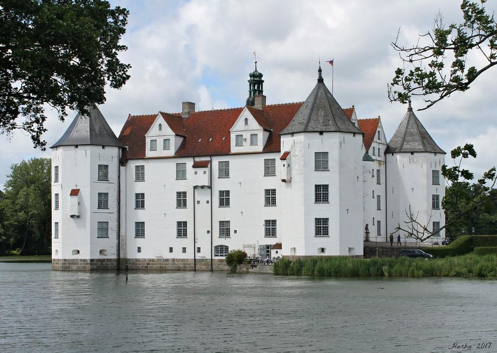 Schloss Glucksburg by harbie