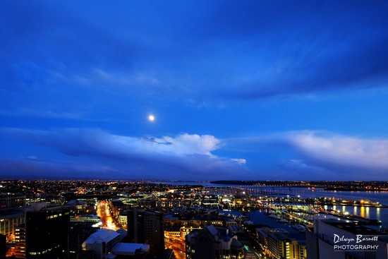 Morning moon by dkbarnett