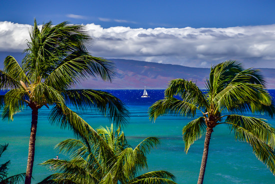 Sailing from Maui by teodw