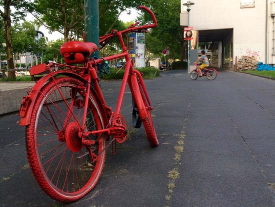 The red bikes by vincent24