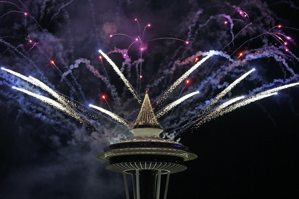 Happy New Year 2011 Fireworks From The Seattle Space Needle by seattle