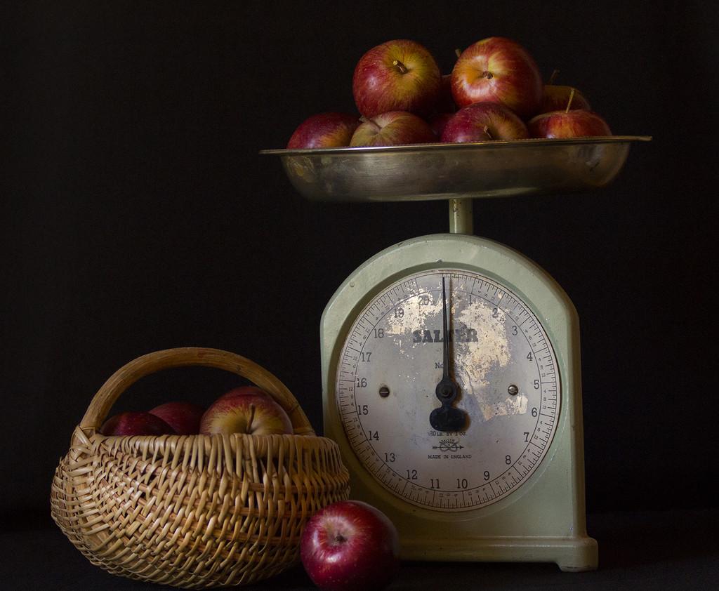 An apple a day.... by sdutoit