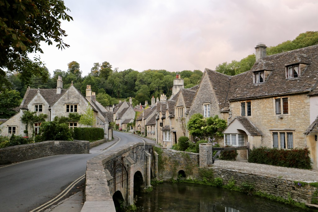 Castle Combe by phil_sandford