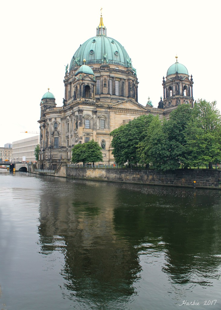 The Berlin Cathedral  by harbie