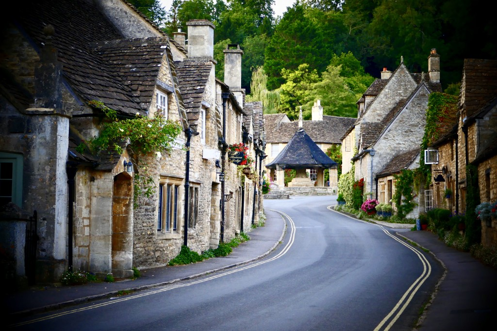 Castle Combe by carole_sandford