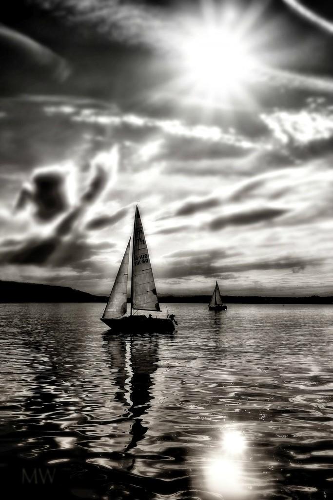 2017-09-05 calm lake by mona65