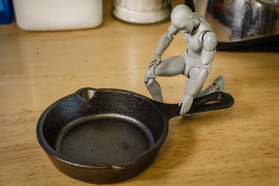 Tiny Pan by batfish