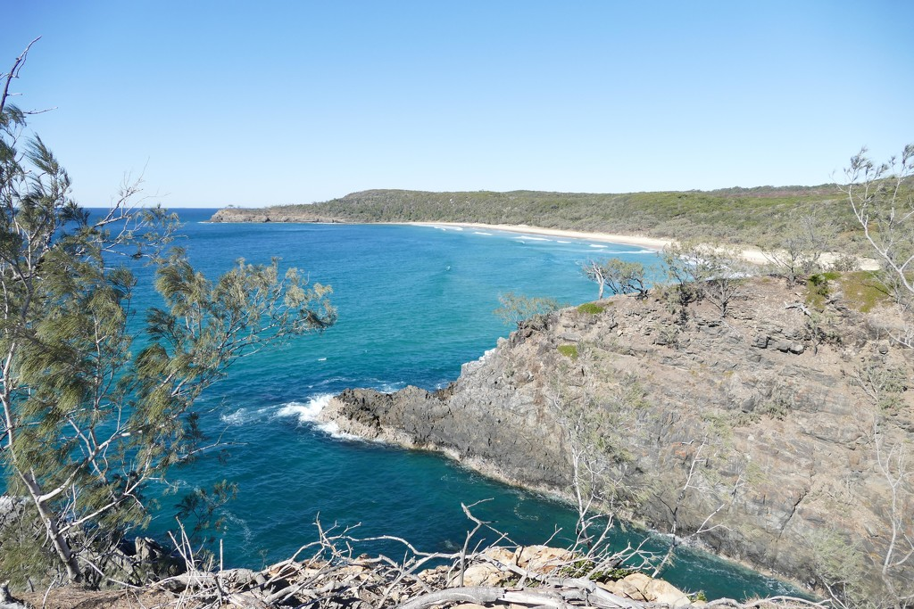Hell's Gate - Noosa National Park by hrs
