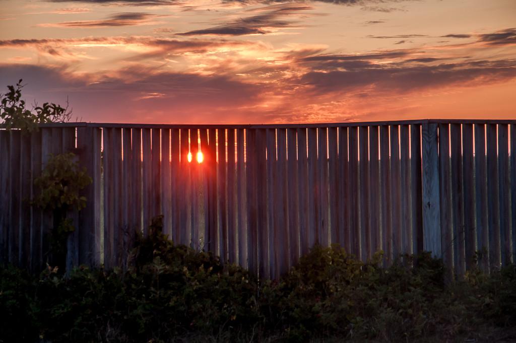 Sunrise at Drake's Island by joansmor