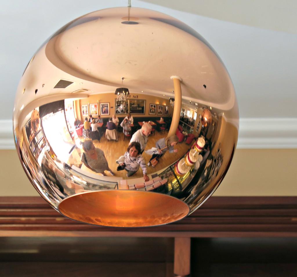 Mirror  Light. by wendyfrost