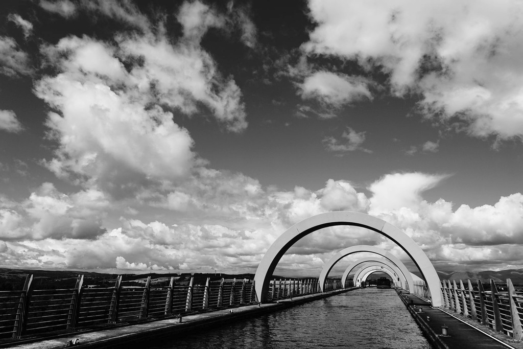 2017-08-03 aqueduct by mona65