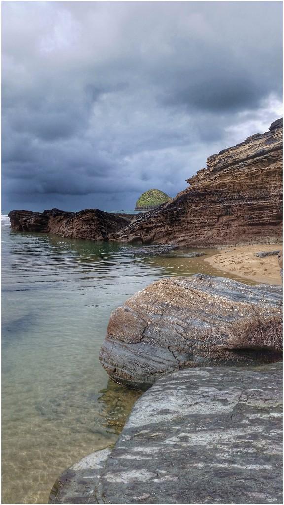 Trebarwith beach by lyndamcg
