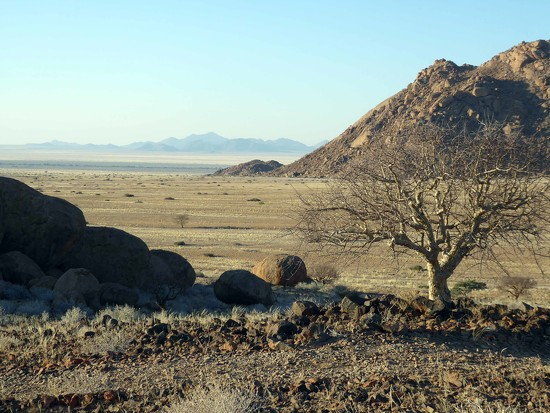 Evening in Namibian Desert by cmp