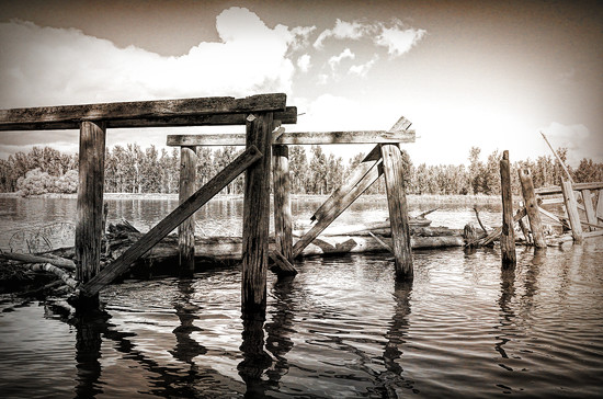 Old Pier  by 365karly1