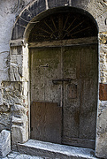 24th Sep 2017 - OLD DOOR WITH LETTER BOX