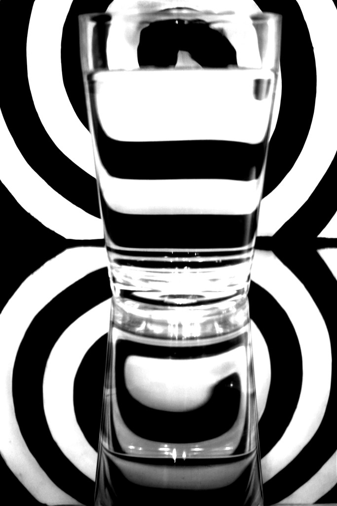 Black and white refraction by vincent24